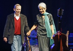Václav Havel a Joan Baez na Pohode, 2008. Foto:  Foto: Petr Josek / Reuters