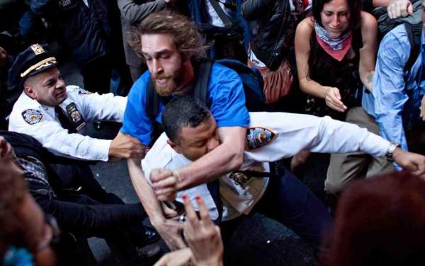 Occupy Wall Street. Foto: Andrew Burton / Associated Press