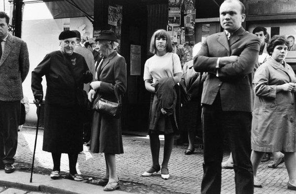 Praha 1964. Foto: Elliott Erwitt / Magnum Photo