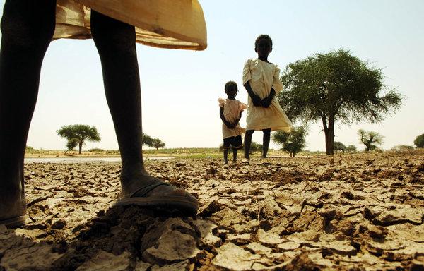 V Sudáne sucho vyvolo vojnu a mnoho ľudí z krajiny utieklo.  Foto: Lynsey Addario / The New York Times